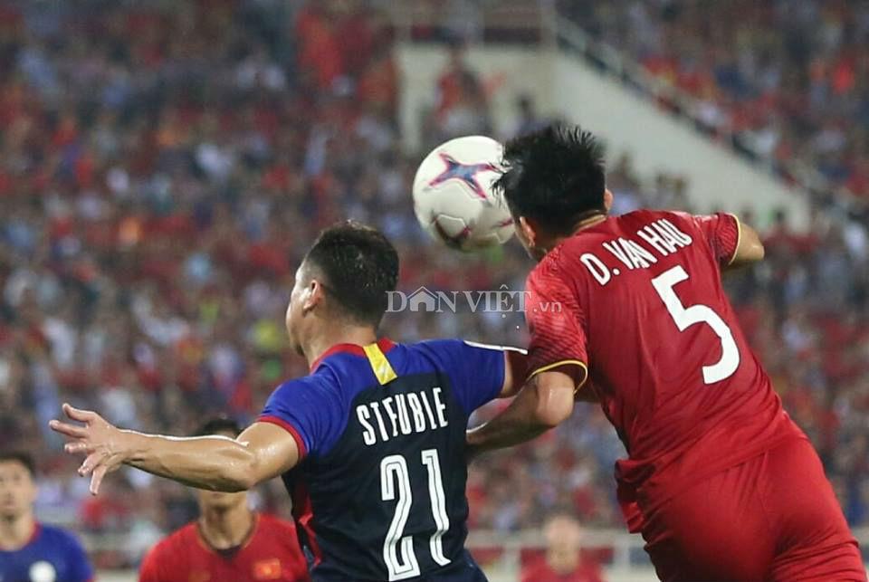 ket qua viet nam vs philippines (2-1): cong phuong nhan doi cach biet hinh anh 19