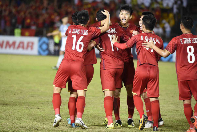 ket qua viet nam vs philippines (2-1): cong phuong nhan doi cach biet hinh anh 2