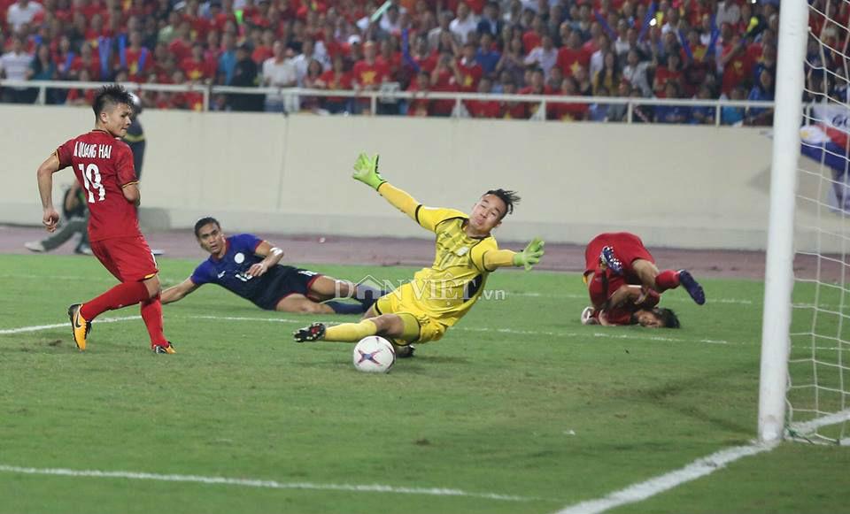 ket qua viet nam vs philippines (2-1): cong phuong nhan doi cach biet hinh anh 23